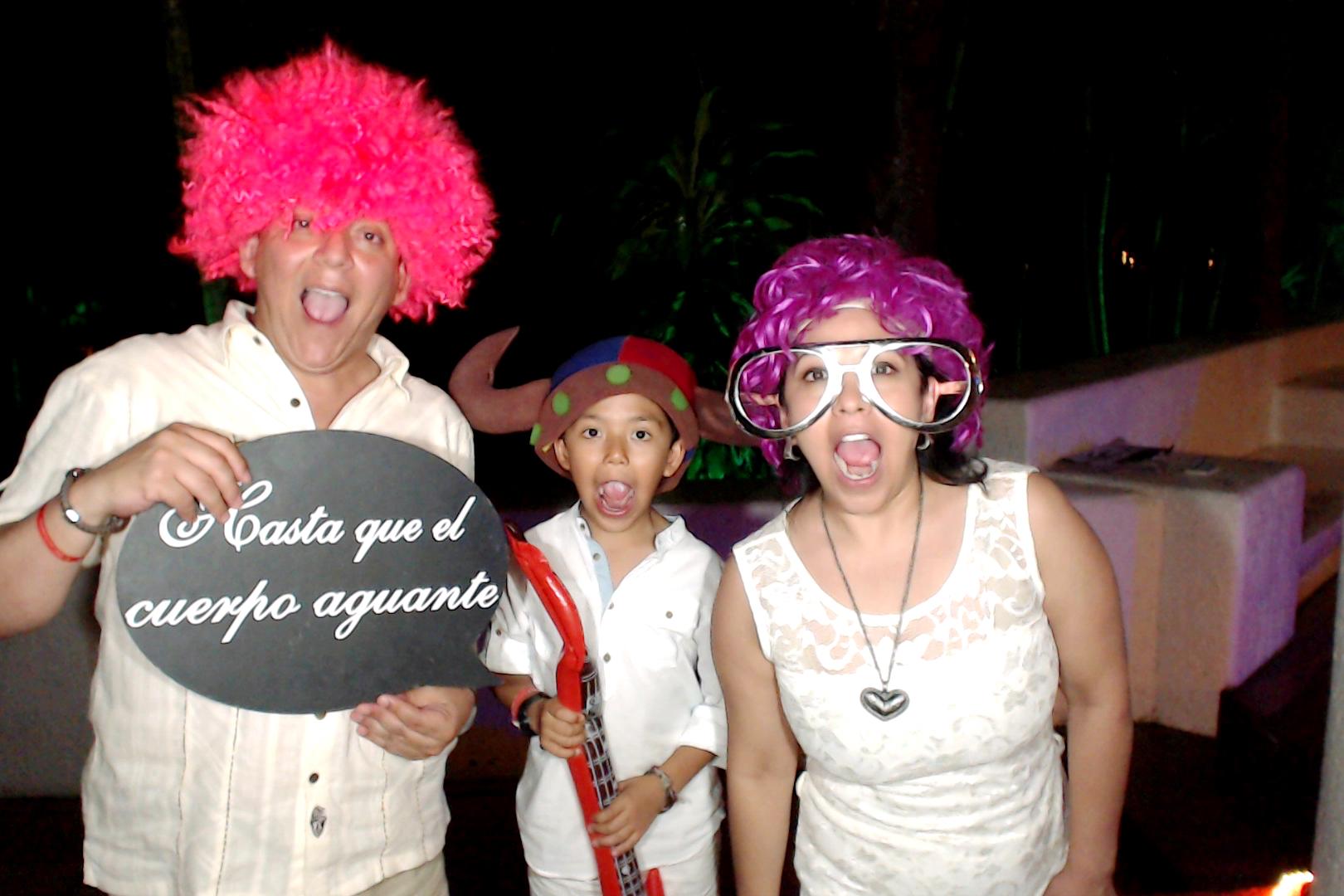 PlayadelCarmenPhotoBoothMexico0031.JPG