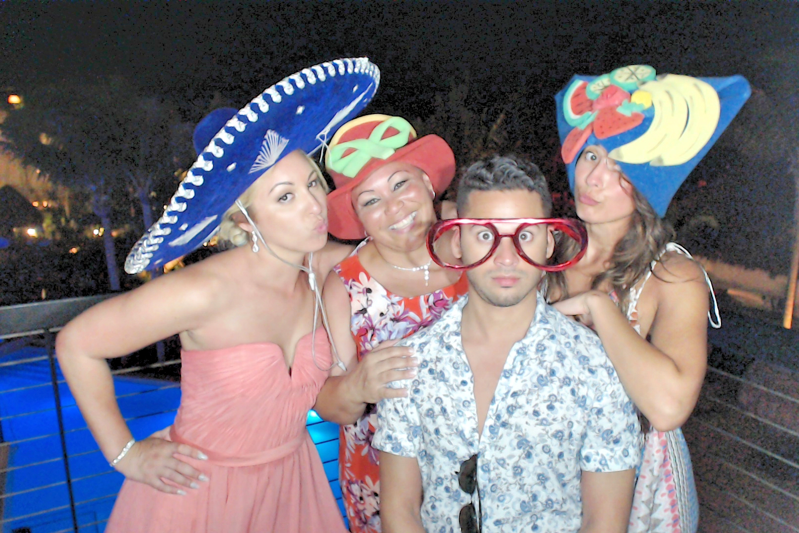 CancunPhotoBooth00177.JPG