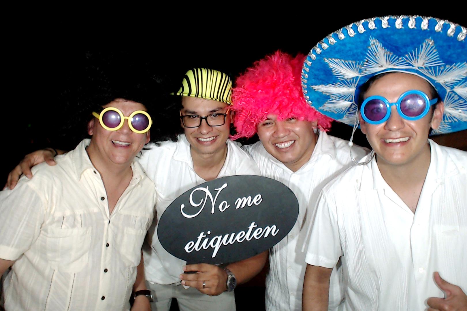 PlayadelCarmenPhotoBoothMexico0065.JPG