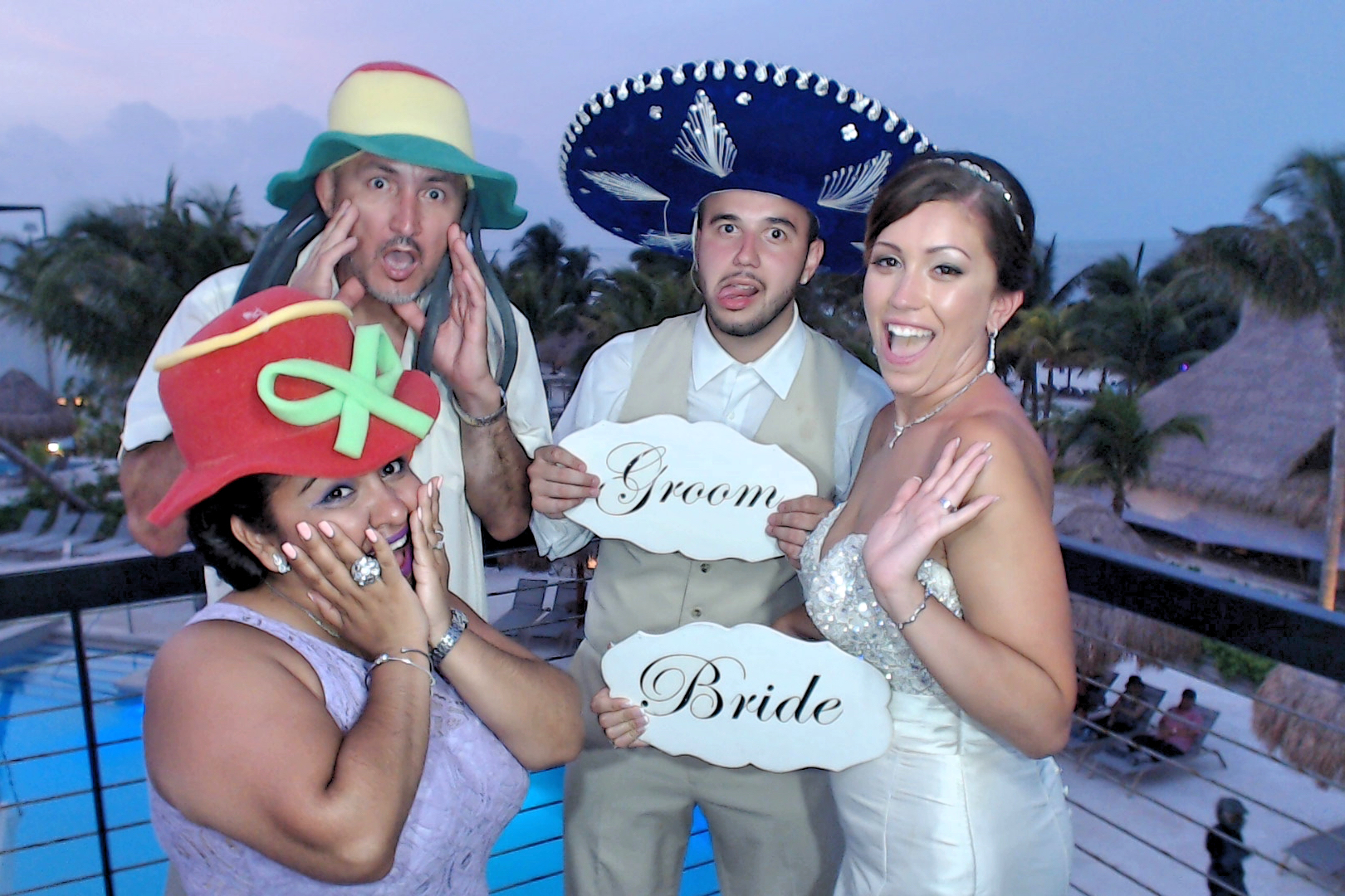 CancunPhotoBooth0052.JPG