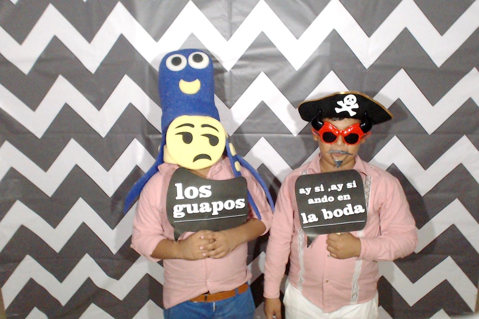 CancunPhotoBoothRental00125