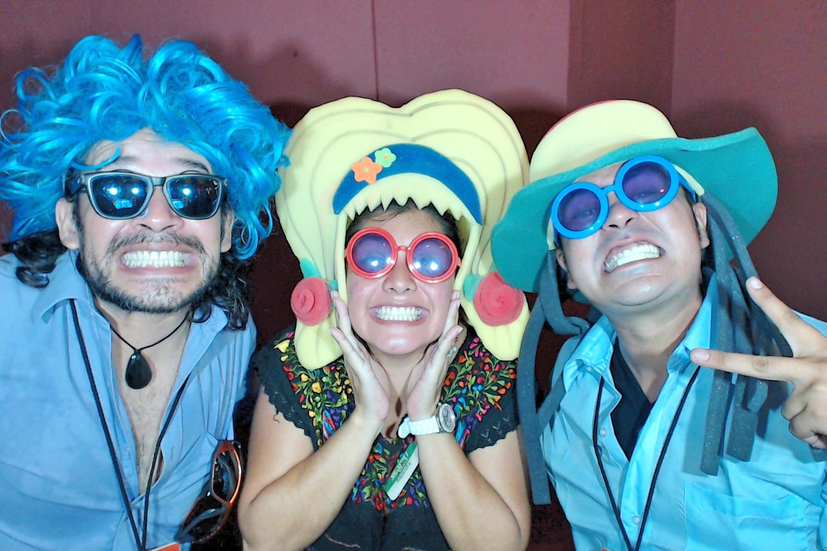 PhotoBoothPlayadelCarmenMexico001.JPG
