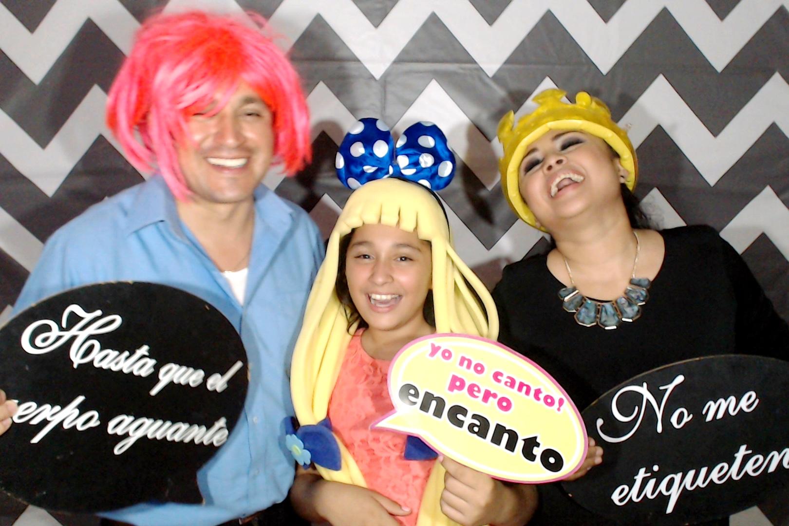 CancunPhotoBoothRental00123