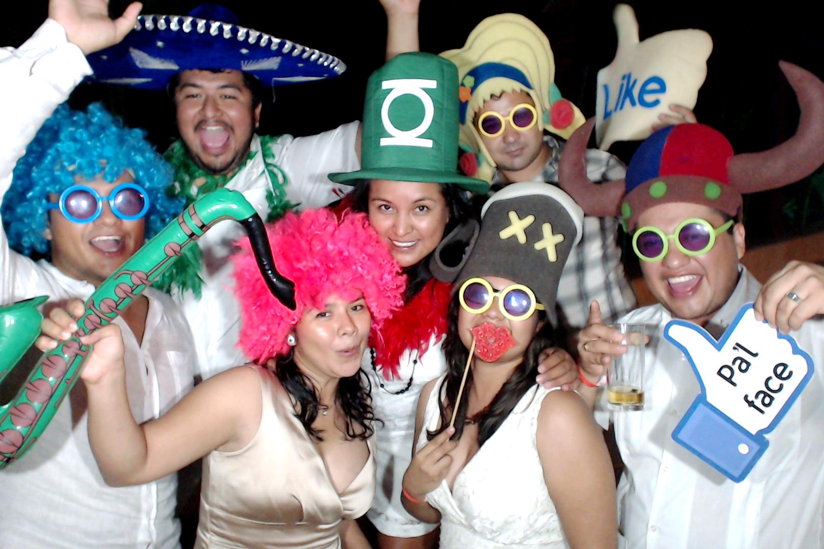 PlayadelCarmenPhotoBoothMexico0062.JPG