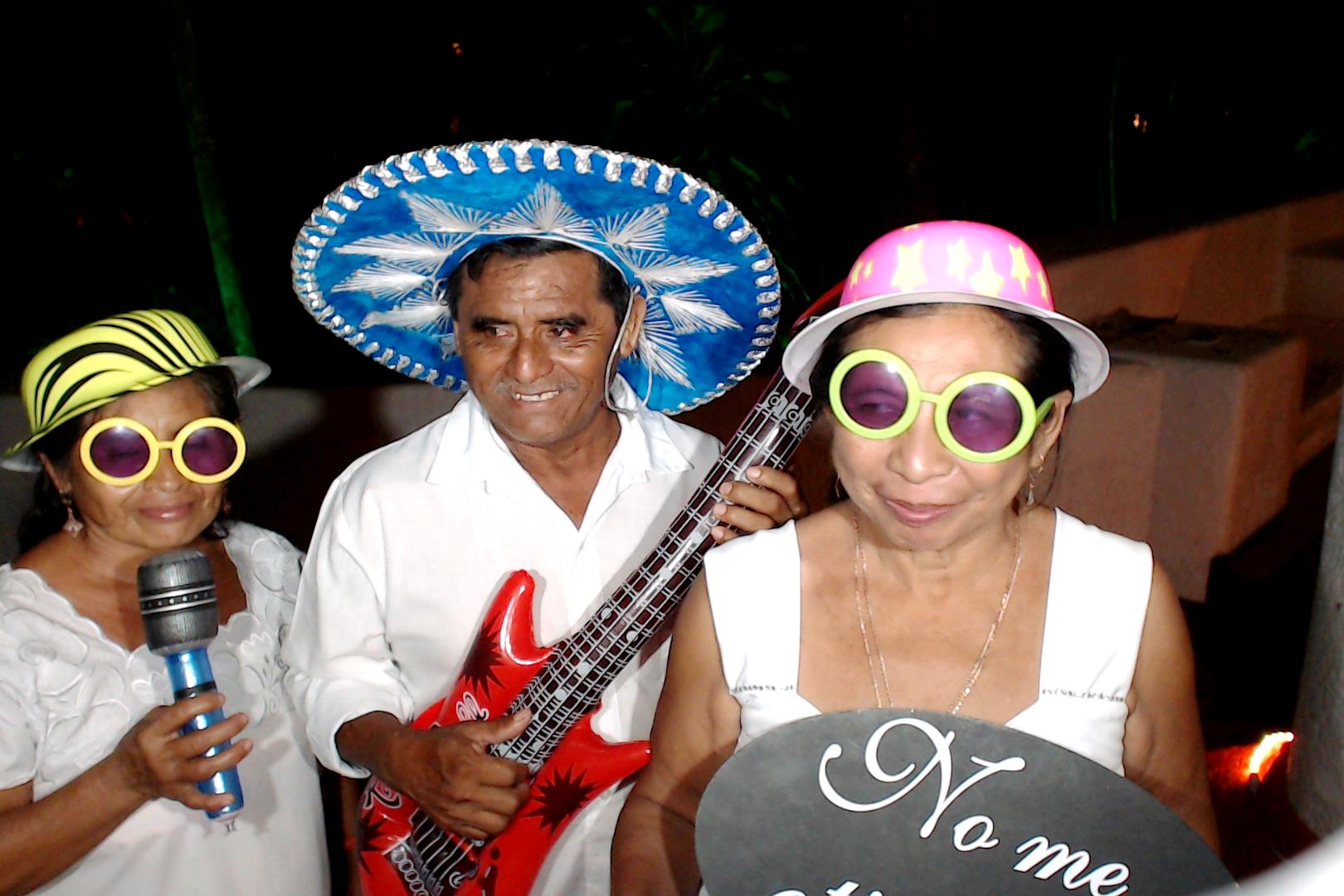 PlayadelCarmenPhotoBoothMexico0094.JPG
