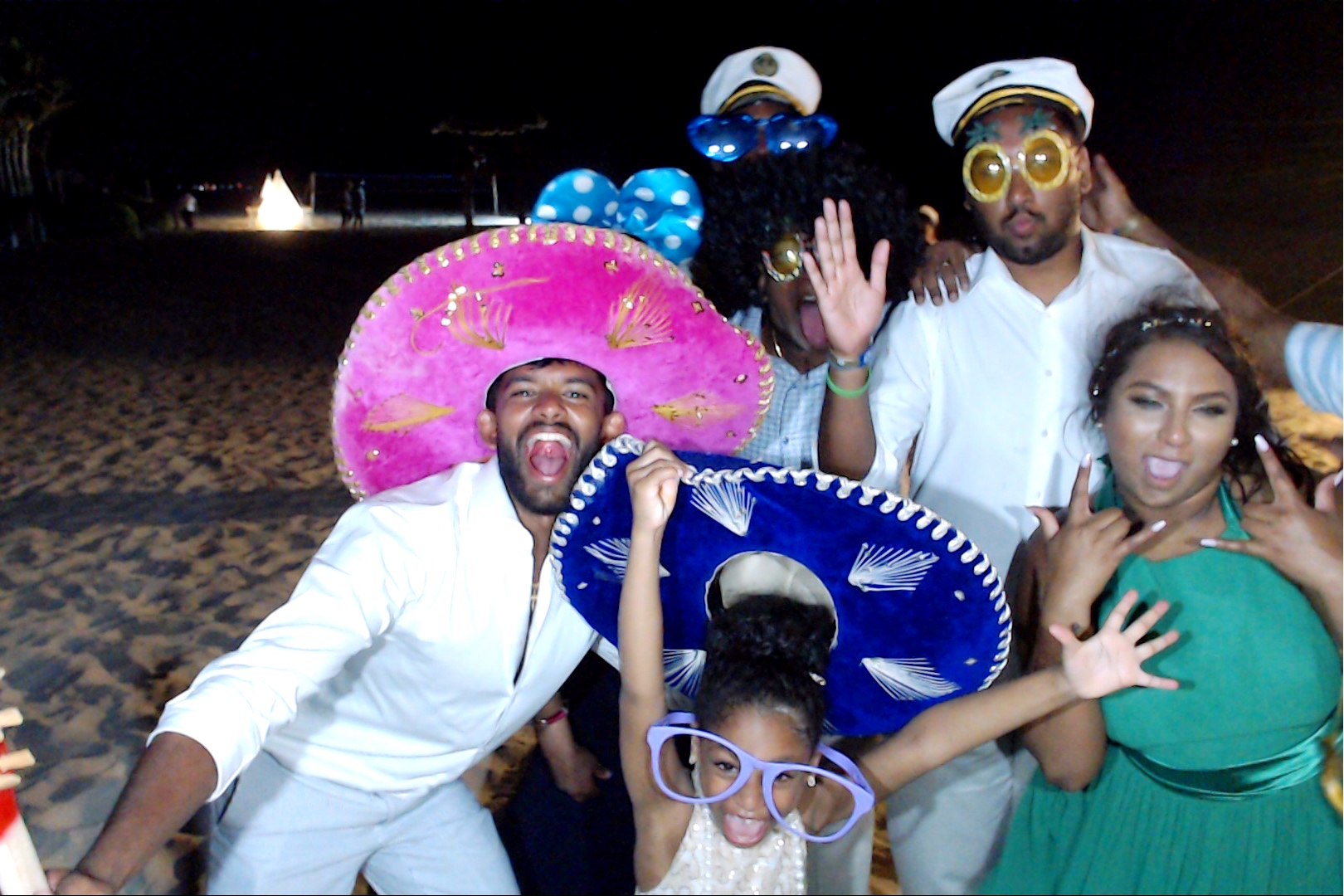 playadelcarmenweddingphotobooth00130