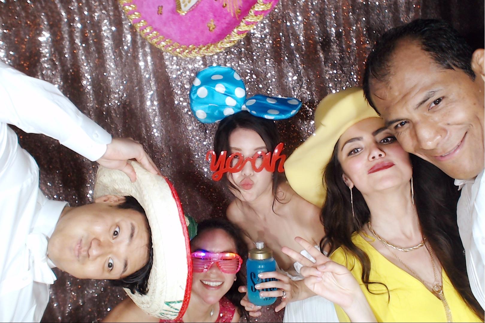photoboothxcaretweddings00144