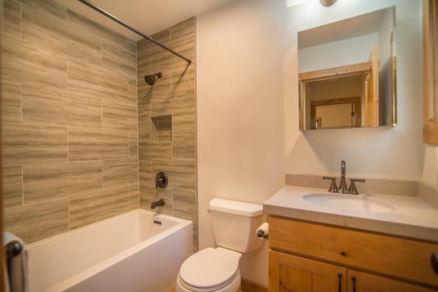 Tahoe Donner - downstairs bathroom