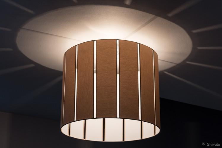 lampe suspension ajourée.jpg