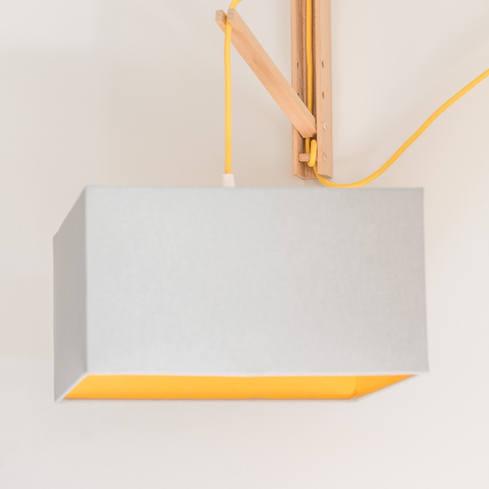 Applique moderne intérieur jaune