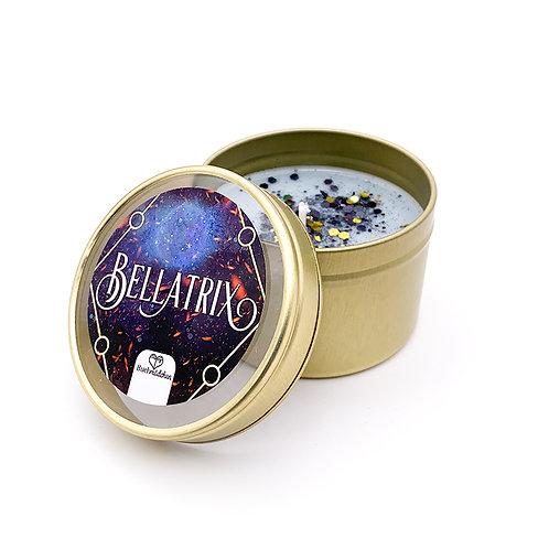 Kerze in Dose »Bellatrix«