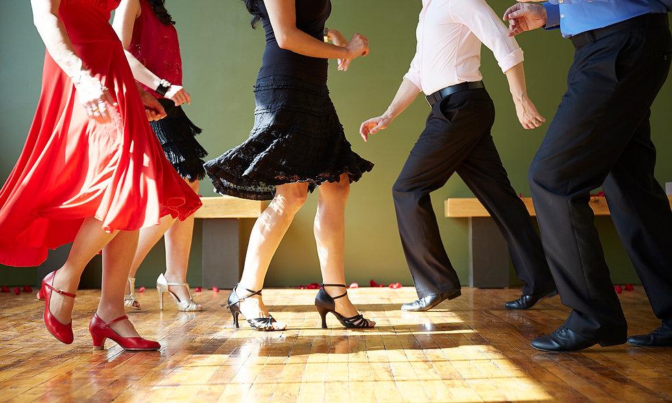 Društveni plesovi