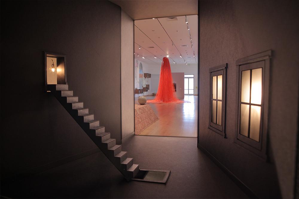 portal diorama