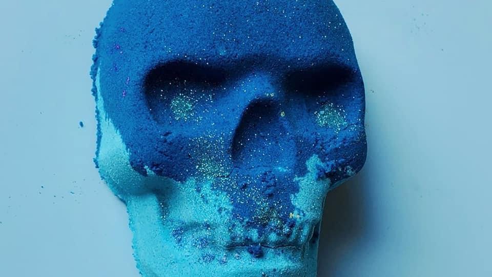 Skull Bath Bomb Avacado Oil + Hemp Oil