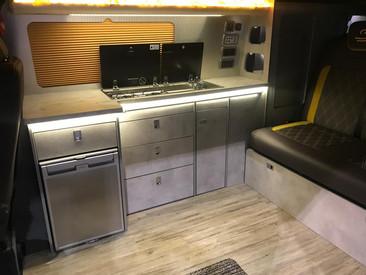 Jaibow b38 kitchen.jpg