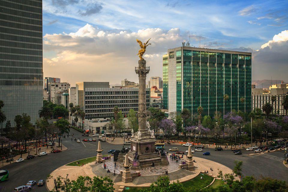 el-angel-de-independencia--mexican-landmark-552812595-59863bb2519de2001116a0d0