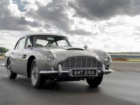 Aston Martin DB5: O carro do agente James Bond está de volta