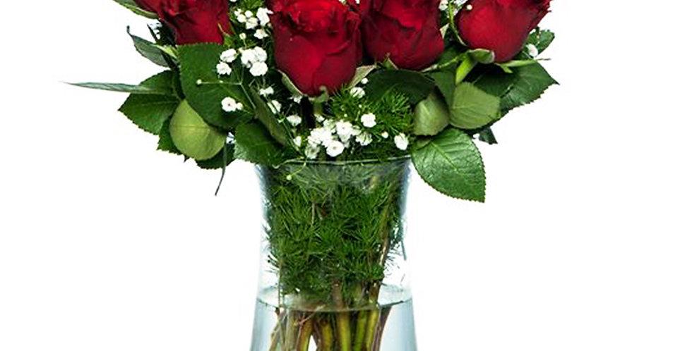 Vazoda Kızmızı Güller