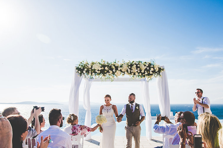 wedding dj services in Mykonos, hire wedding dj, dj services, sound rental mykonos
