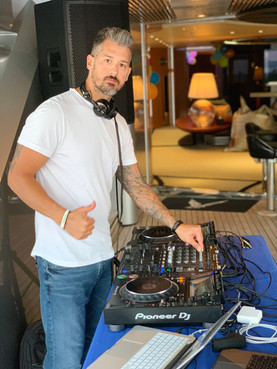 Dj services in Yatch , Hire dj in mykonos,