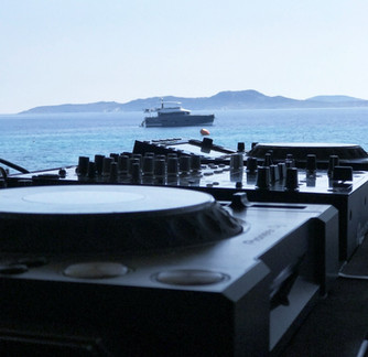 Aslanis Events | Dj Equipment Rental in Mykonos
