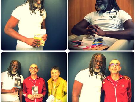 Tiken Jah Fakoly ouvre la première bibliothèque reggae en Afrique.