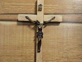 Zdjęcia krzyży.