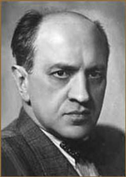 Михаил Астангов