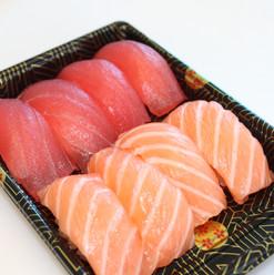 Tuna Salmon Nigiri Combo
