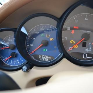 Porsche Cayenne  2012 spidometras .JPG