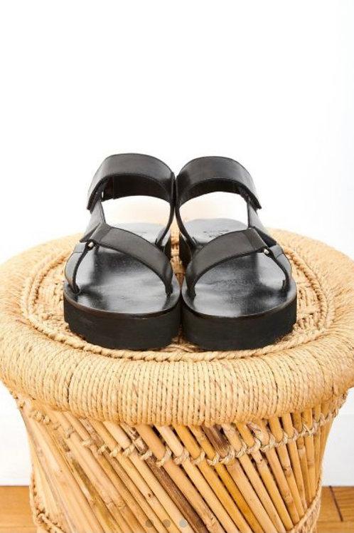 Sandalia piel trek