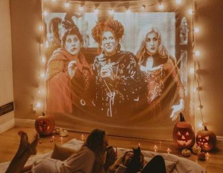 13 фильмов на Хэллоуин.