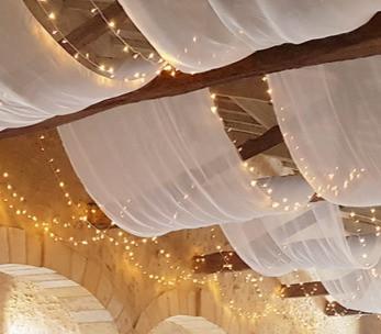 Location-guirlandes-lumineuses-LED-10-m-plafond-decoration-mariage_edited.jpg