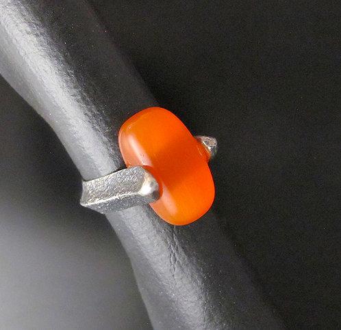 Shandiin Askikii Wood Tufa Cast Sterling Silver Ring with Fiberoptic Stone