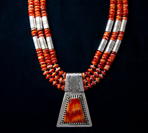 Tony Aguilar Jr., Kewa, Orange Spiny Oyster Shell Necklace