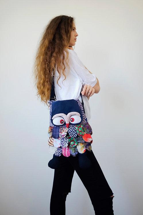 Owl shoulder bag