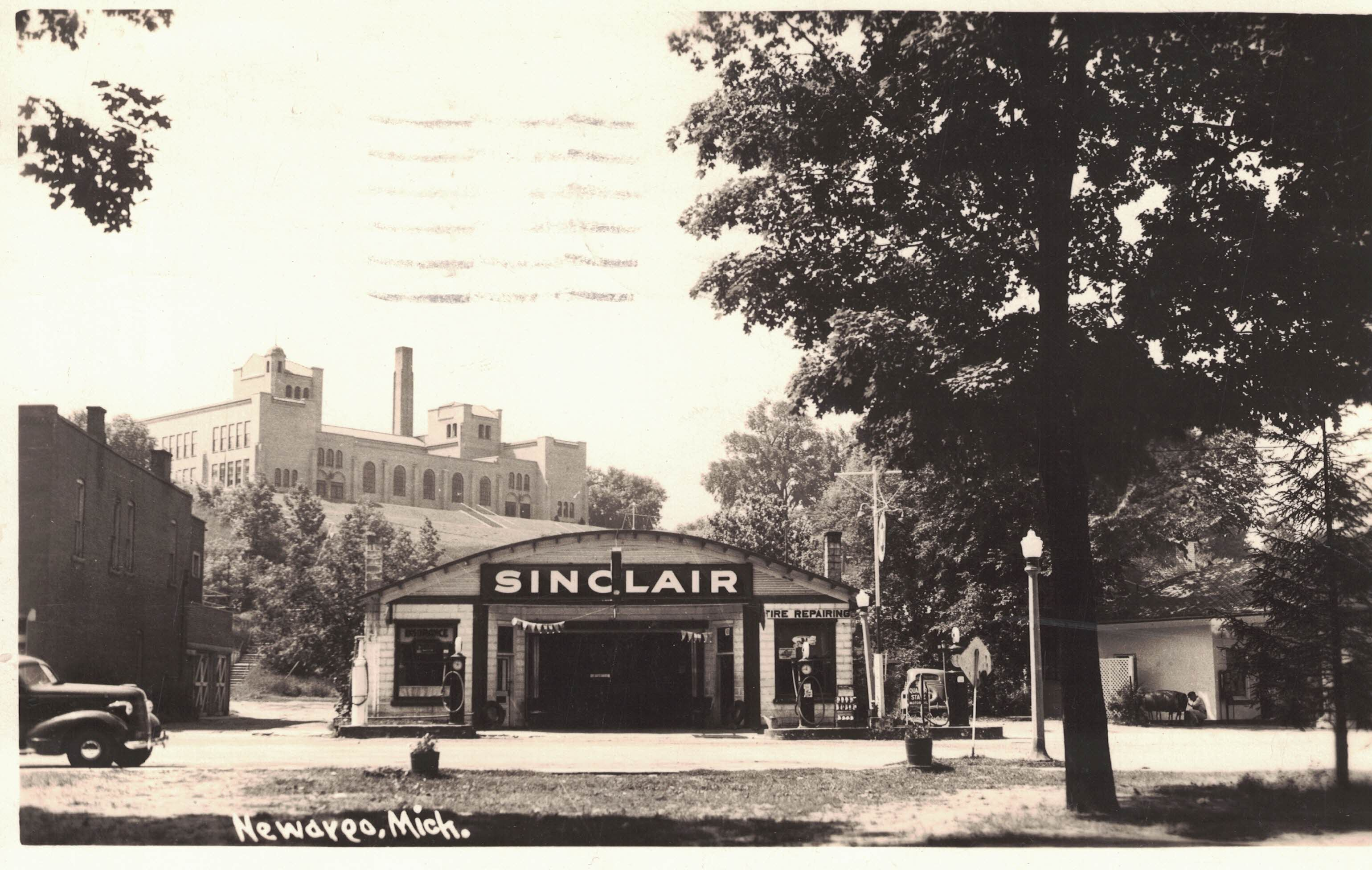 Newaygo,MI Sinclair Gas Statio 1941