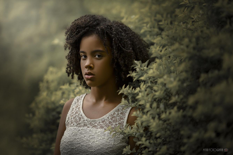 retrato de menina modelo afro
