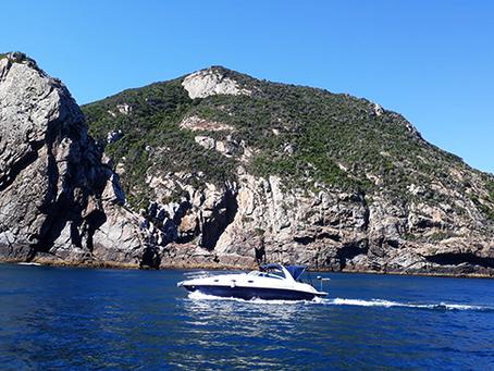 5 dicas para você curtir passeio de barco em Arraial do Cabo