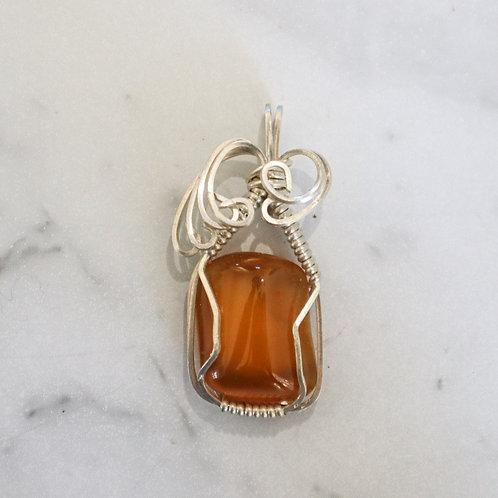 Amber agate