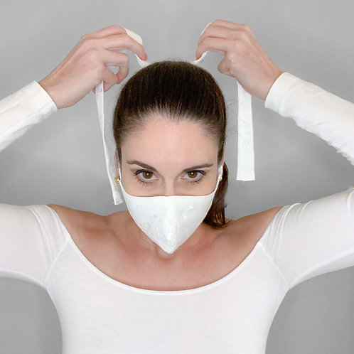 Washable and reusable face cover with ties