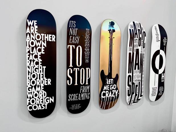 wall art typography