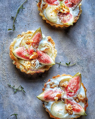 Fig and goats cheese tarts