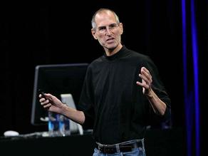庫克領導了蘋果輝煌的十年,但沒一件產品能與iPhone媲美