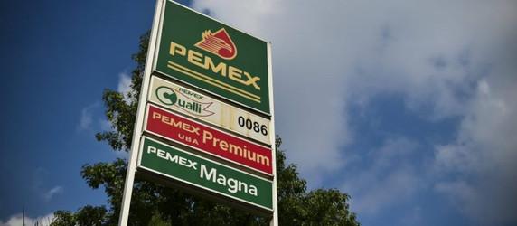 Gasolina alcanza los 22 pesos