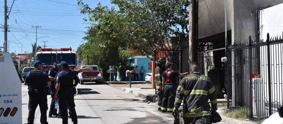 Incendio en la Villa Nueva deja daños materiales y un perro herido.
