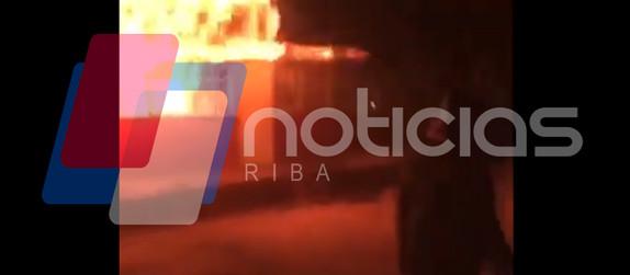 VIDEO: Incendio arrasa toda una escuela.