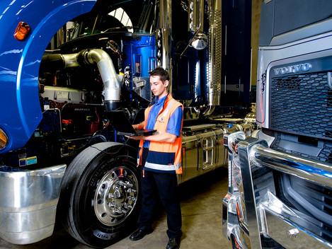 Trailer / Truck Technicians / Diesel Mechanics