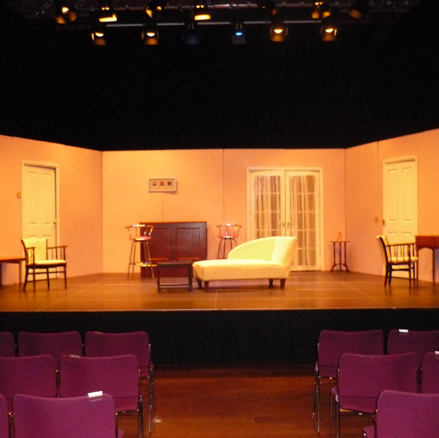 Set of House Guest RTH 3.JPG