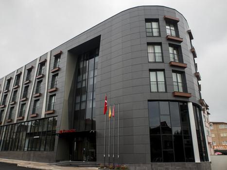 RAMADA HOTEL HENDEK